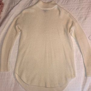 American Eagle oversized beige sweater